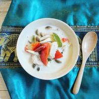 【簡単!低糖質レシピ】タイ料理♪すっぱ辛い!トムカーガイ風スープ