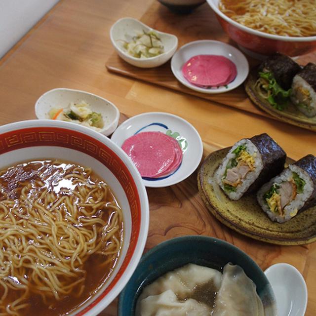 マルちゃん正麺と赤大根の千枚漬け風