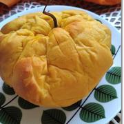 【ハロウィンパン】どてかぼちゃ!?(笑)オーブンシートでドデカイ南瓜パンの出来上がり!