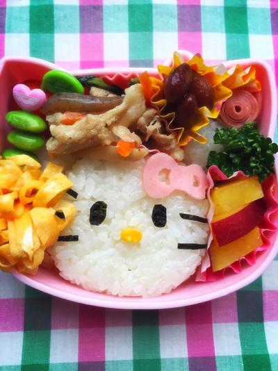 6歳の娘もキャラ弁作り(キティちゃん)