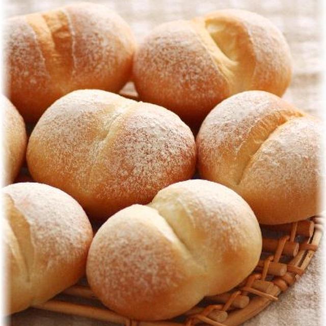日焼けした白パンでサンドイッチランチ♪