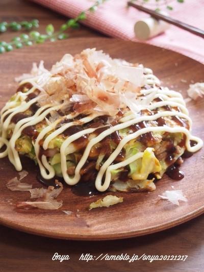 【簡単カフェ飯】お肉なしでもボリューム満点♪!もっちり納豆餅チーズのお好み焼き♪