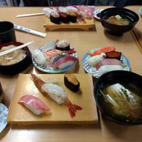 食べることは生きること!バスツアー モコモココキアとお寿司食べ放題などなど