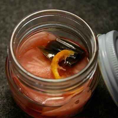 赤カブと柚子の甘酢漬け