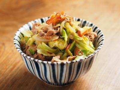 豚キャベツ丼 、 筋肉料理人のまかない料理