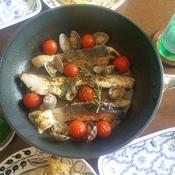 鮭と鯛のアクアパッツァ