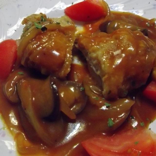 鶏肉のトマトソース仕上げ。