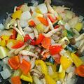 フライパンで!身体喜ぶ☆きのこ&夏野菜のシンプル炒め by Mariさん