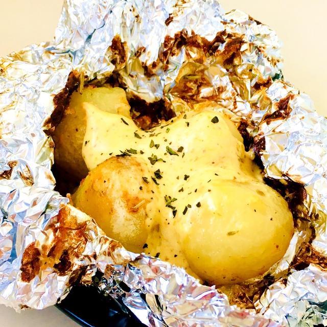 エアーオーブンでじっくり焼く♪ジャガイモのホイル包み♡ローズマリー味噌バターマヨ焼き♡