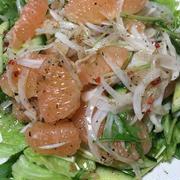 グレープフルーツと新玉ねぎの春サラダ