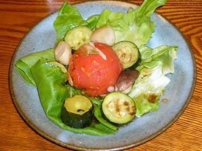 [レシピ][サラダ] トマトのオリーブオイル蒸し焼きサラダ