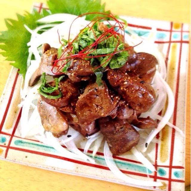 鶏レバーの梅酢煮。