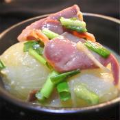 玉ねぎと豚タンのトムヤム風味