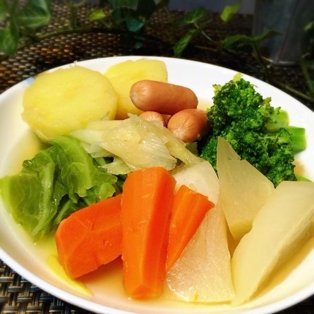 ゴロゴロ野菜のコンソメ煮