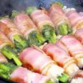 今日の晩御飯/スキレットで作る、「菜の花とえのきのベーコン巻き」と、春薫る「豆ご飯」、そして「タラの芽と姫たけのこの天ぷら」。今が旬の食材で、一足先に春を満喫。