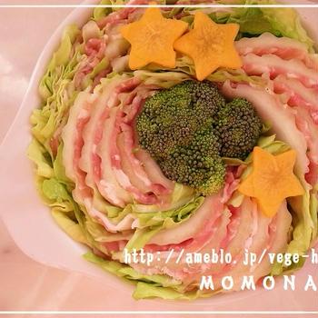 レンジで5分(^^)豚白菜ミルフィーユ蒸し♪バーニャカウダソース添えて