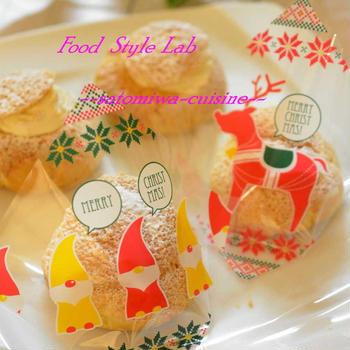 可愛いクリスマスシュークリーム袋で☆サクサク生地のシュークリーム♡