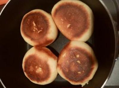 自宅の片手鍋でも美味しいパンが焼けた!