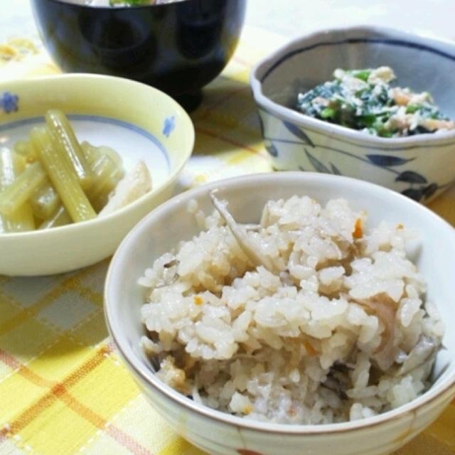 姑と二人ご飯は炊き込みご飯と野菜のおかず色々