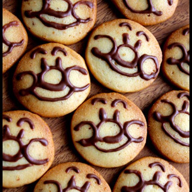 アンパンマンクッキーとおむすびまんのランチ盛り