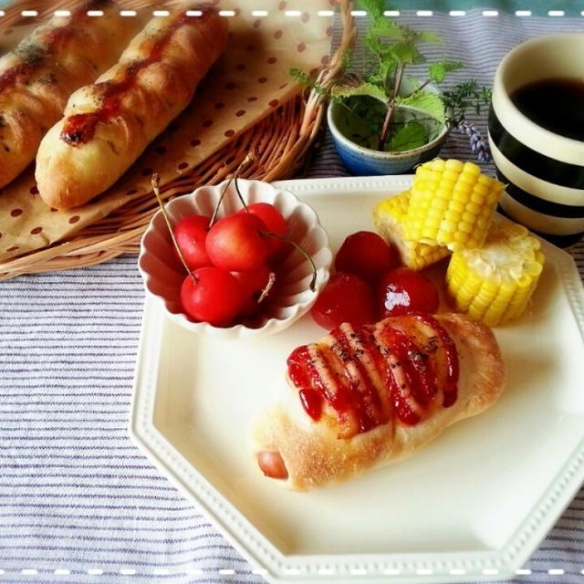 リクエストに応えま~す♡どちらのウィンナーパンがお好き~♡(*´з`)♡