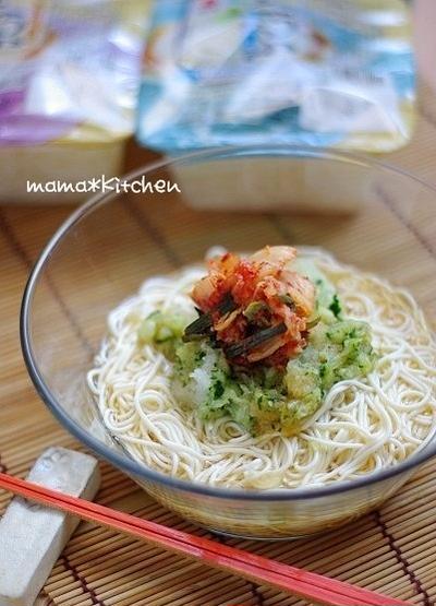 豆腐そうめんで♪超ヘルシー!!キムチ素麺。