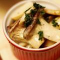 エリンギと鶏皮をクレイジーソルトとマヨネーズで炒めたおつまみが美味しい