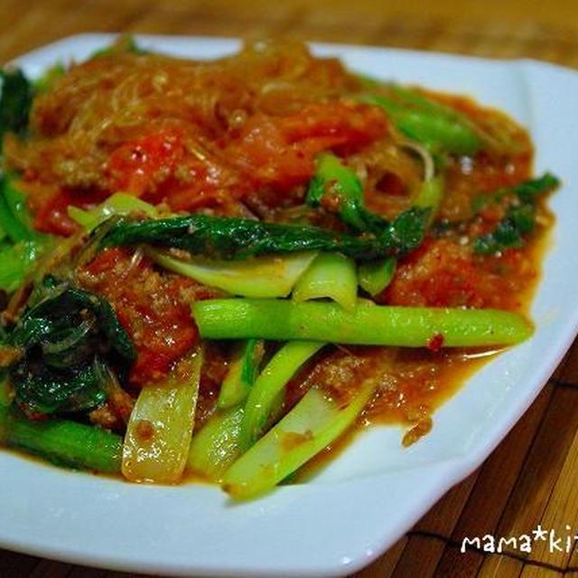 トマトレシピ考案中〜☆キムチ風味♪トマトと小松菜の肉味噌チャプチェ&肉じゃがトマト