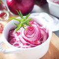 きれいな紫色→ピンクに変わる*紫たまねぎのオイルマリネ#作り置きにも最適です。