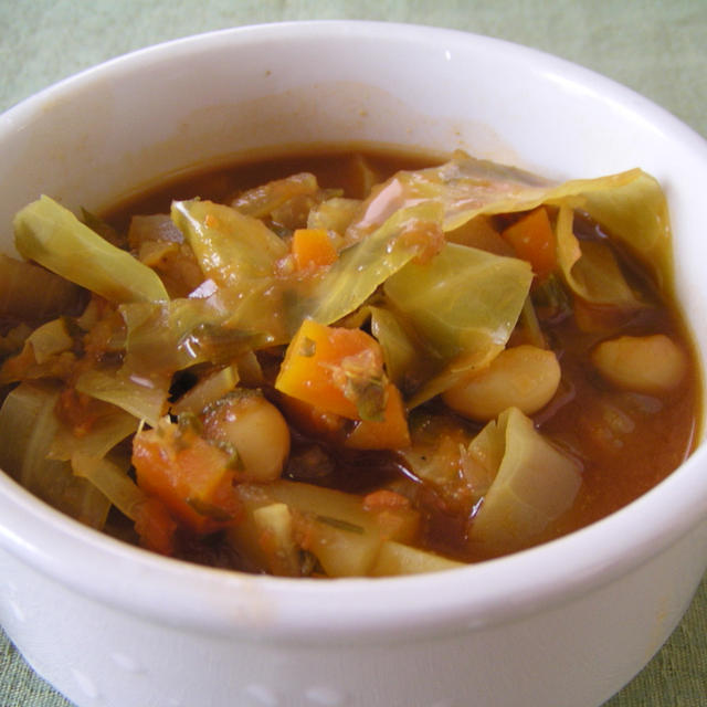 野菜と豆のごろごろ味噌トマトスープ
