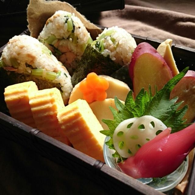 朝時間.jp今日のイチオシ朝ごはんレシピ掲載~ツナと大根葉のおにぎりのお弁当(常備菜)~