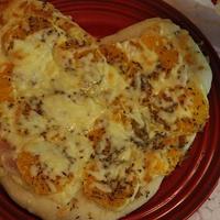 スパイス大使♪ディル香る♪2種のチーズとハム*みかんのハート型ピザ☆彡