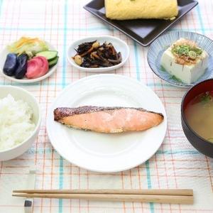 1日1食でOK!「日本型食生活」で便秘が改善するかも!?