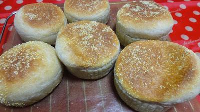 【パン】ホシノで全粒粉入りイングリッシュマフィン