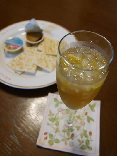 梅酒を使って、ガラナカクテル