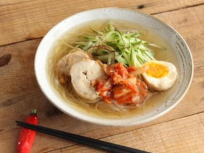 >鶏チャーシューは冷麺にも良いのです by 山本リコピンさん
