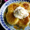 キャラメルソース&ホイップクリームのふわふわミニパンケーキ