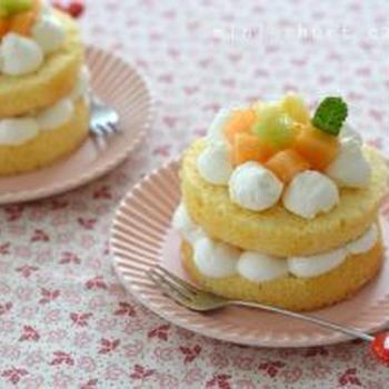 ミニショートケーキ。【短時間仕上げのお一人様ホールケーキ】