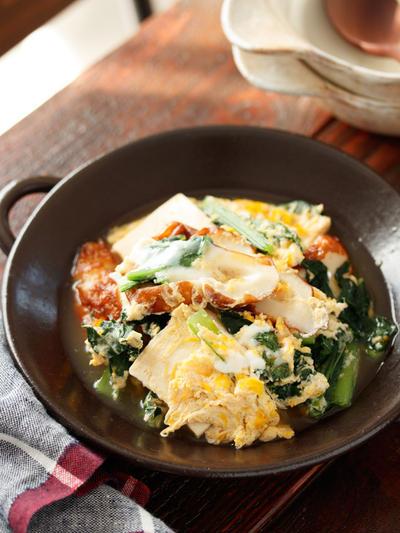 ちくわと小松菜と豆腐の卵とじ【#簡単 #時短 #節約 #胃腸にやさしい #ヘルシー #副菜 #主菜】