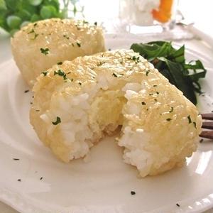 """朝・昼・晩いつ作っても喜ばれちゃう!""""チーズ""""が決め手の「おにぎり」レシピ集"""