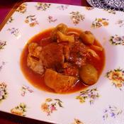 豚バラと芽キャベツのトマト煮込み