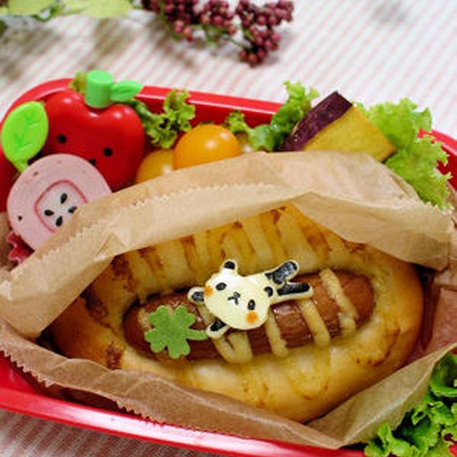 パンダちゃんのソーセージパン弁当