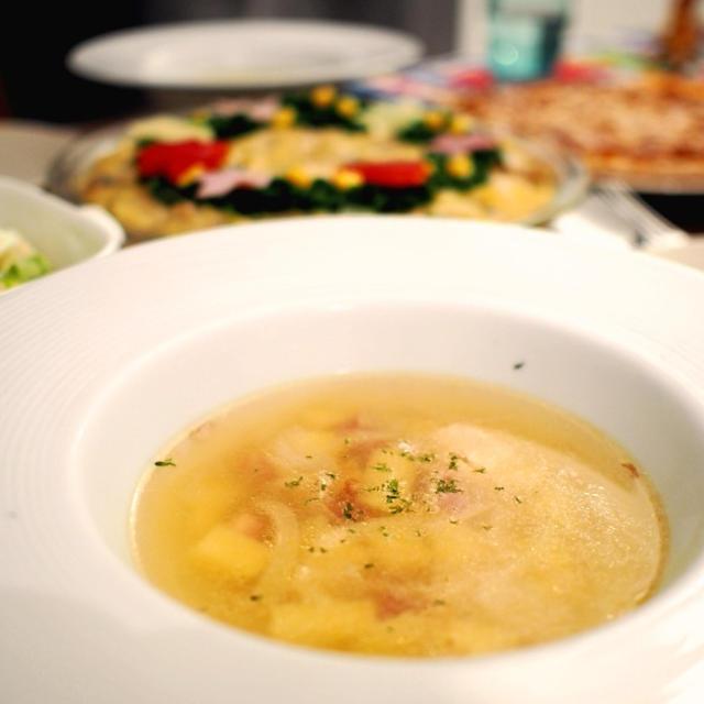【副菜・献立】あるものが隠し味♡ベーコンと玉ねぎのオニオンスープ