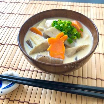 【寒い時期にオススメ】あったか汁で免疫力アップ☆豆乳入りけんちん汁♡レシピ