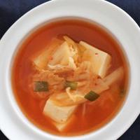 ★簡単・美味しい!!キムチ豆腐スープ(김치두부국)。