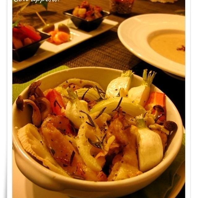 【旬を満喫♪根菜とハーブマリネチキンのグリル、白菜と押し麦、ベーコンのポタージュ】