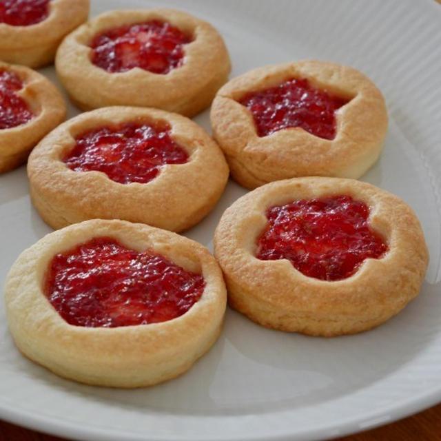 自家製ジャムでいちごジャムクッキー