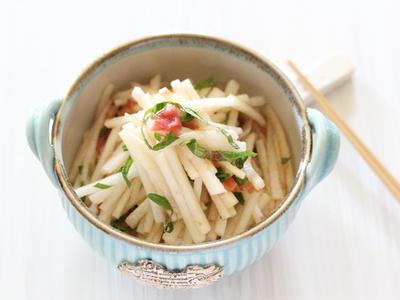 >大根の梅干和えと これからの季節におすすめな副菜レシピ① by 小春さん