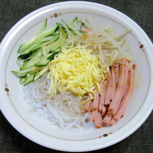冷やし中華のつゆで、緑豆春雨入り中華風サラダ
