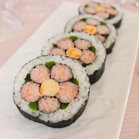 ひな祭りにもお花見弁当にも♪梅の花の飾り巻き寿司~我が家の人気レシピ